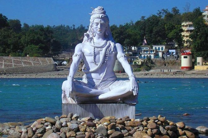 Day trip to Haridwar and Rishikesh by Private Air-Condition Vehicle.