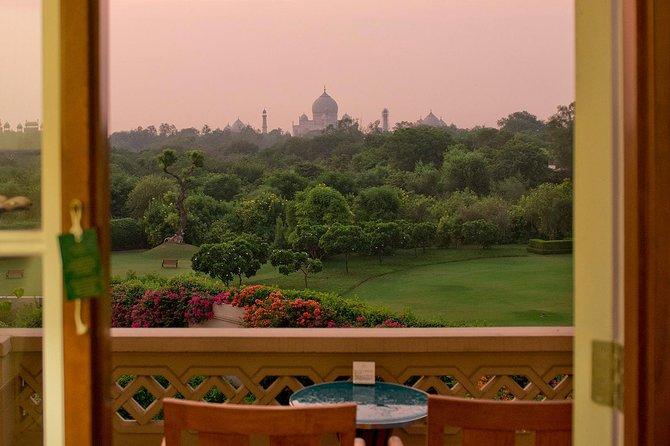 Luxury Taj Mahal Tour From Delhi