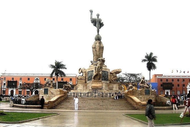 Main square of trujillo - included in the visit