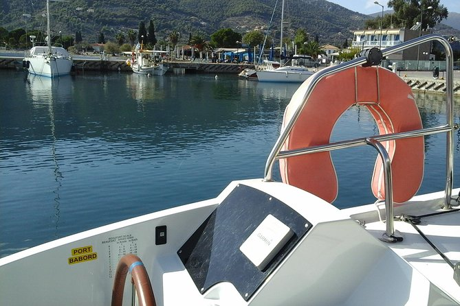 Daily cruises on board of a Nautitech 40 open catamaran with skipper and hostess photo 1