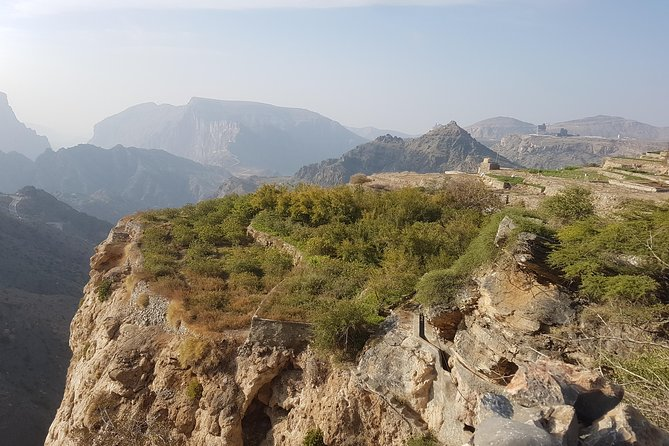 Guided Private Day Trip to Jabal Akhdar From Muscat in 4x4 Vehicle