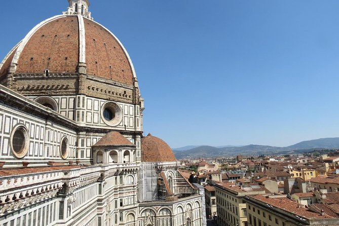Dome Climbing Tour with English Breakfast in the oldest café in Florence