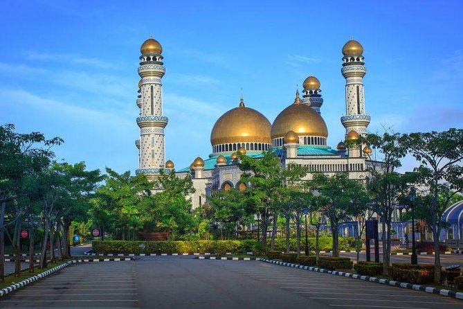 Full-day Private Brunei City And Water Village Tour with Lunch