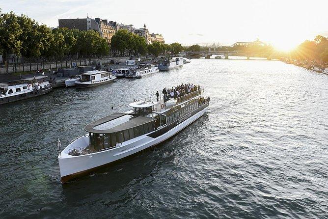 Vedettes de Paris Seine River Cruise Direct Access E-Ticket