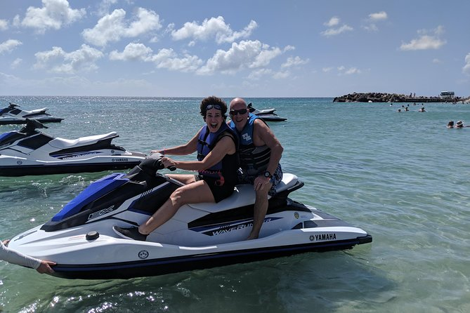 60min Jet Ski/Waverunner Rental photo 9