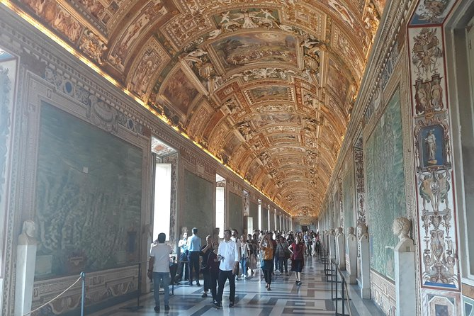 Private Tour of the Vatican with Museums, Sistine Chapel & St Peter's Basilica
