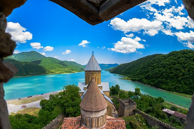 ツ ✌ 4 Days Tour – Real Spirit of Georgia! Tbilisi, Mtskheta, Kazbegi, Kakheti