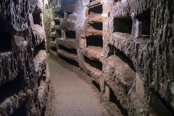 Rome's Catacombs Tour with Jewish Ghetto & Largo Argentina Walking Visit