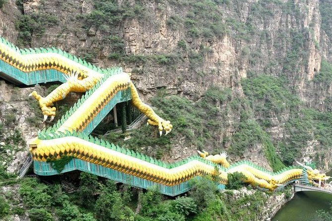 Longqingxia Gorge Cruise and Badaling Unrestored Great Wall Private Day Tour
