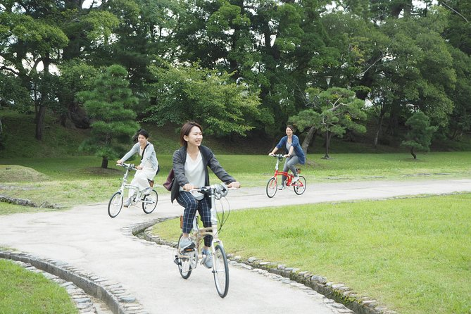 Take a bicycle and play around the city! Water City Matsue Cycling Guided Tour
