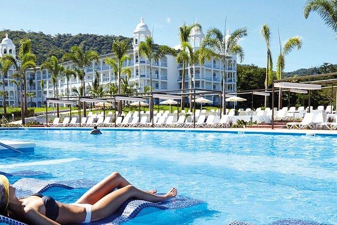 Private Shuttle Service To Hotels RIU Palace & RIU Guanacaste