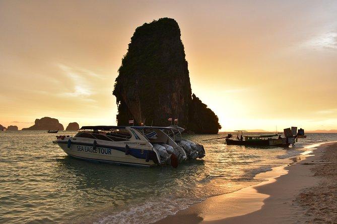 Excursão privada ao pôr do sol da águia do mar em 4 ilhas em Krabi