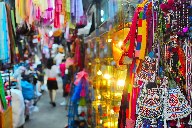 The Chatuchak Weekend Market Experience - Private Tour photo 8