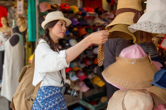 The Chatuchak Weekend Market Experience - Private Tour photo 3