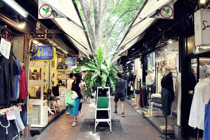 The Chatuchak Weekend Market Experience - Private Tour photo 9