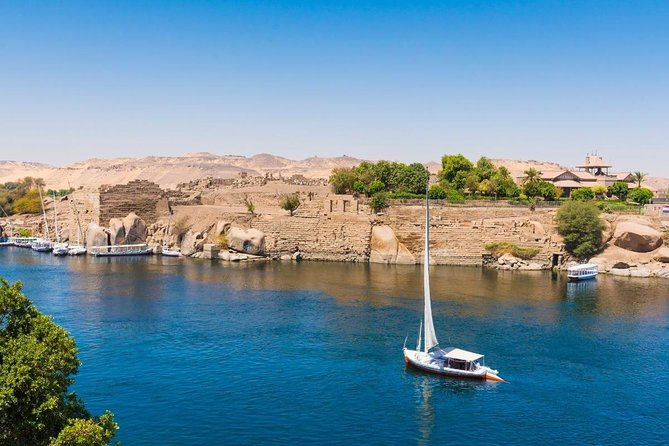 Visit Giza Pyramids and Felucca Ride on The Nile River and Dinner Cruise