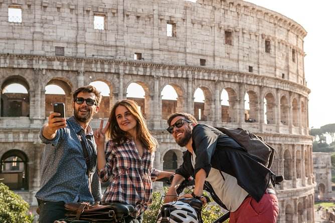 Small-Group 1-Hour Skip-the-Line Colosseum | Tour in Rome