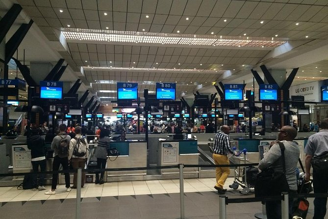 Arrival and Departure Airport Transfer: O.R. Tambo Airport to Johannesburg