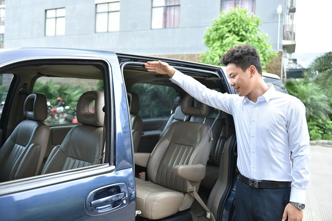 Private Transfer: Shanghai Hongqiao Railway Station to Pudong Airport (PVG)