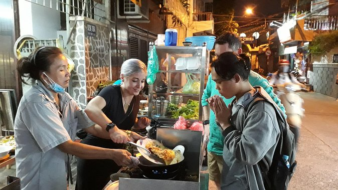 Night Market-taste Local Food Private Walking Tour