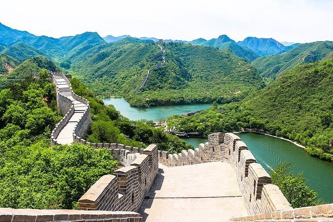 Beijing Private Layover Morning Tour to Huanghuacheng Great Wall
