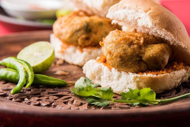 Mumbai Street Food Crawl (2 Hours Guided Food Tasting Tour)