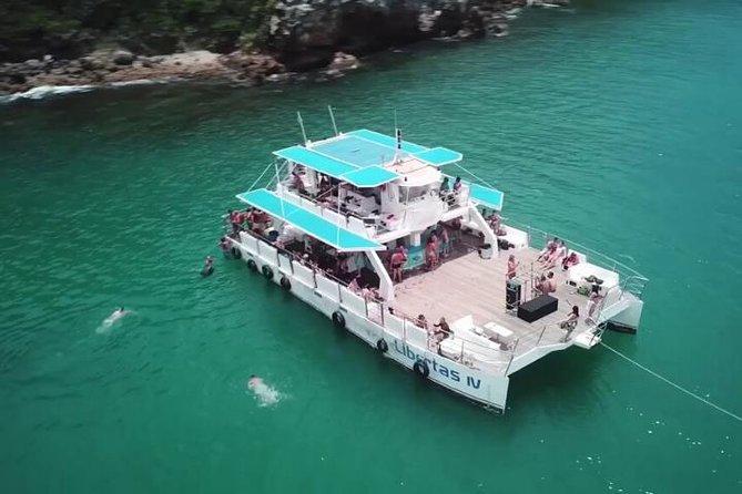Boat Trip in BUZIOS / CATAMARAN