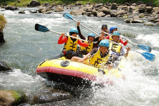 Private Yogyakarta Elo River Rafting - Dutch / Italian / French / English Guide
