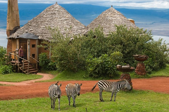 5 Days Tanzania Luxury Safari(lake Manyara, Serengeti & Ngorongoro) photo 6