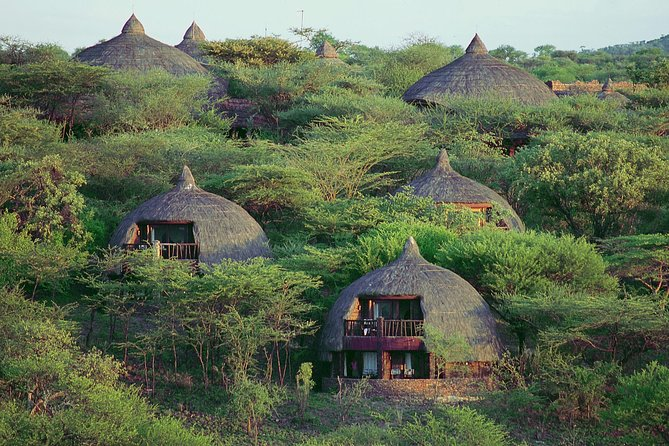5 Days Tanzania Luxury Safari(lake Manyara, Serengeti & Ngorongoro) photo 3