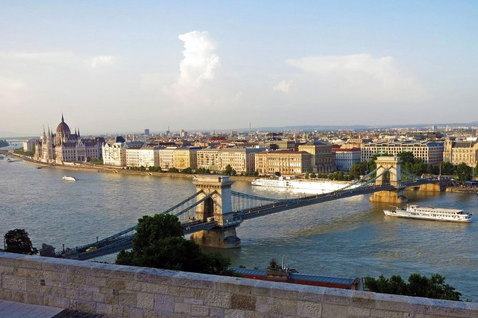 Private walking tour in Budapest - 4 hours