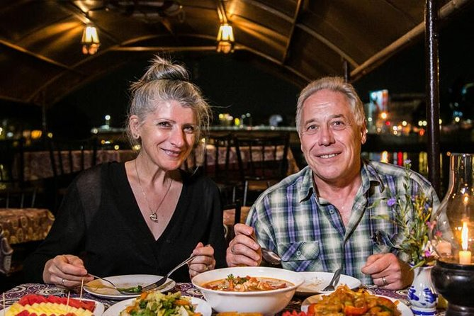 Dinner Cruise on The Ping River & Night Market – Private Experience
