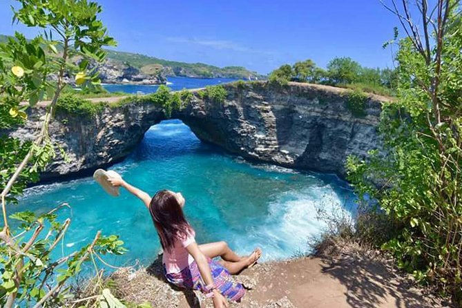 Tour 1 Day Nusa Penida West : Broken Beach, Angel's Billabong, Kelingking Beach