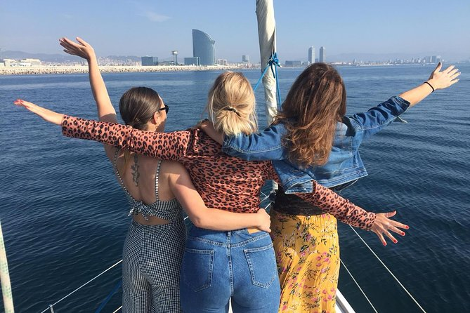 Barcelona Waterfront Private Sailing - up to 6 people Group Tour