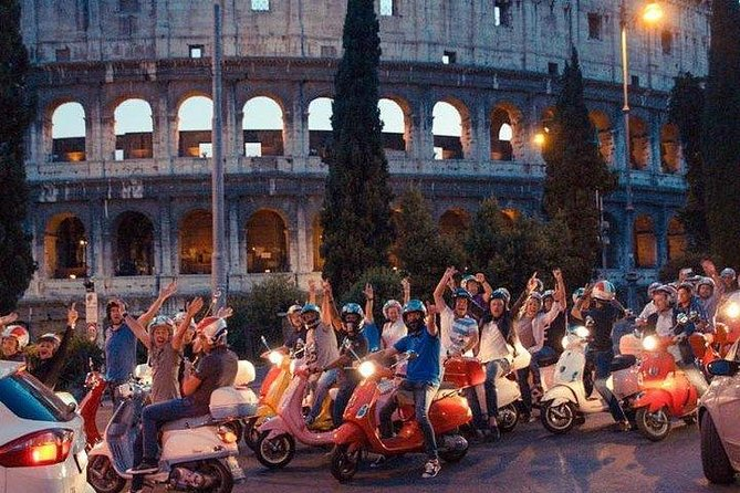 Vespa Vintage Tour in Rome