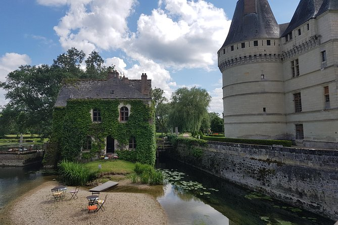 Loire Valley Half Day Tour from City of Tours : Villandry and l'Islette Castles