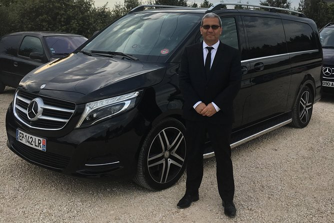 Transfer by mini bus from Montpellier airport to Marseille Airport