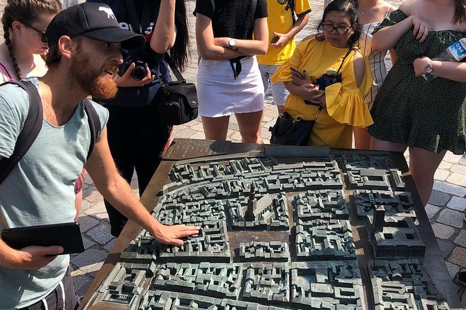Private Walking Tour: Introduction to Berlin - The Must-See Sites
