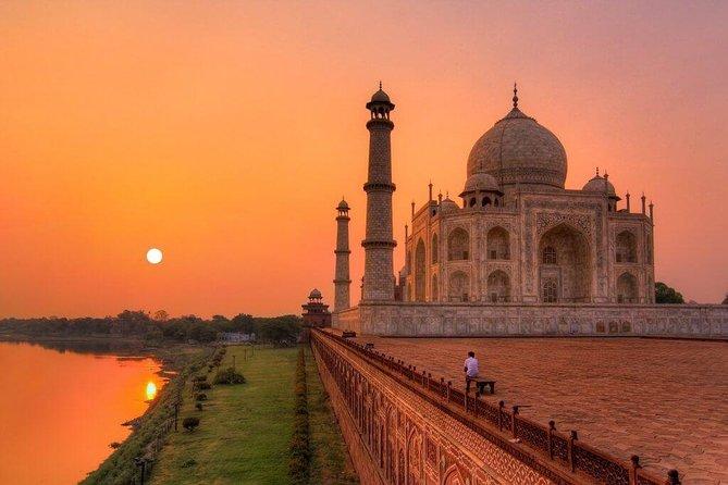 Sunrise Taj Mahal,Fatehpur Sikri & Abhaneri Stepwell Tour Wid Transfer To Jaipur