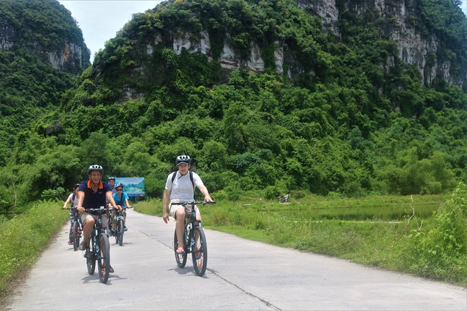 Mua Cave – Tam Coc – Bich Dong – Day Tour photo 9