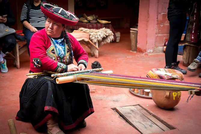 Cusco: Private Half Day Chincheros photo 7