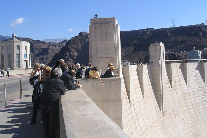 Joni is pointing to the generator buildings on our exclusive 45 min guided tour over Hoover Dam.