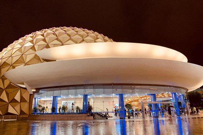 https://media.tacdn.com/media/attractions-splice-spp-674x446/09/b4/20/7b.jpg