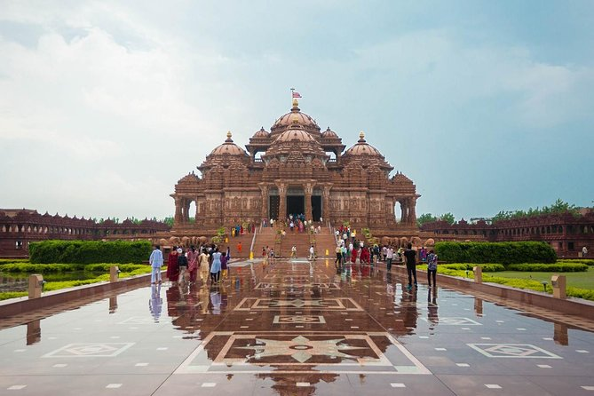 Akshardham Temple Private Evening Tour Exhibition, Light and Water Show