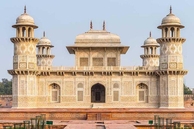 Day trip to Agar Taj Mahal with Fatehpur Sakri from Jaipur Includes Guide.