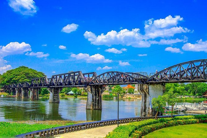 Full Day Damnern Saduak Floating Market And River Kwai