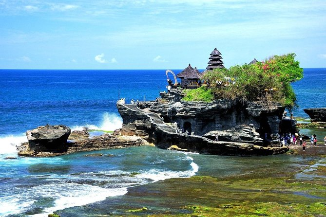Ayung River Rafting and Tanah Lot Tour