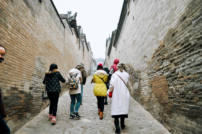 Private Tour: Wang Family Mansion and Shuanglin Temple from Pingyao