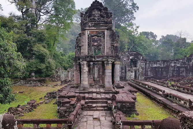 2 days private tour: Angkor sunrise, Banteay Srei, Kulen mountain, Beng Mealea photo 3
