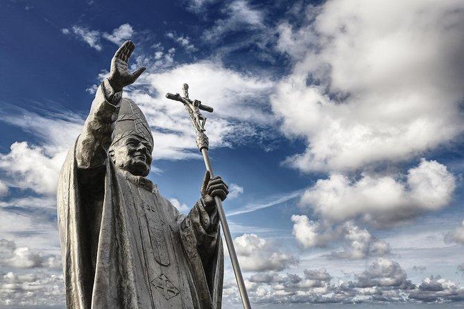 John Paul II Tour - Pope's House, Church and Pope's cake -